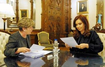 Cristina Fernández junto a la titular de la Cepal, Alicia Bárcena (Prensa Argentina)