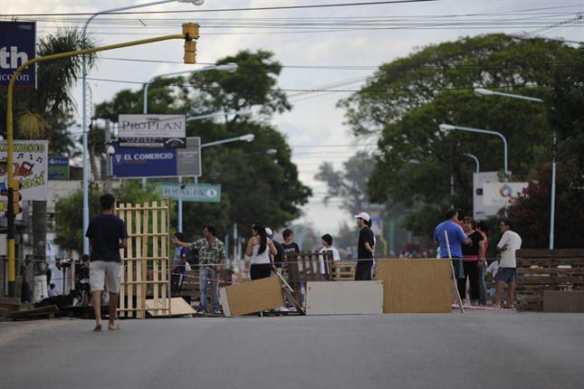 protesta-policial-1810271h430