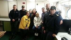 Parte de la tripulación del Buque ARA Austral en el cierre de campaña, al arribar a Mar del Plata.