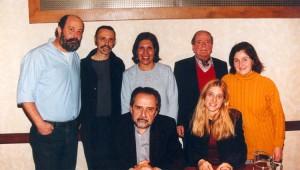 Luis Colombini, R.R., María Dolores Lucero, Juan José Hernández, Teresa Millé,  Oscar Steimberg, Karina Macció Foto : Daniel Grad (La Maga / 2001)