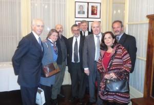 Patricia Coto con Rafael Felipe Oteriño, César Cantoni, Jorge Anagnostópulos, José Luis Moure, María Elena Aramburú, Horacio Castillo, hijo, en 2015.