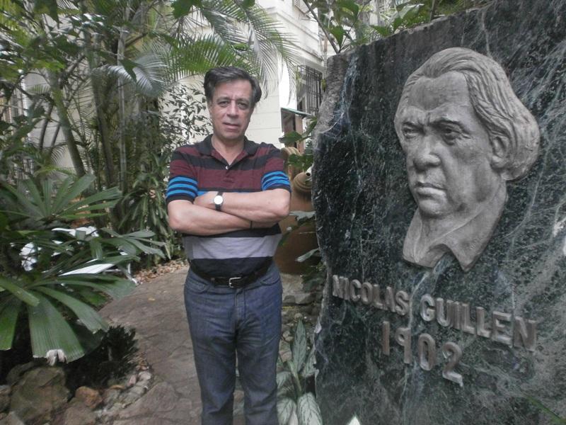 Antonio Ramón Gutiérrez, en la Unión de Escritores y Artistas de Cuba, en la Habana