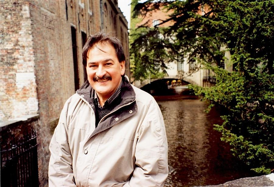 César Bisso 12 - en Brujas, Bélgica, 2000